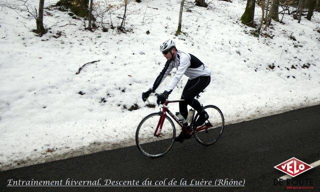 Entraînement hivernal, descente du Col de la Luère (Rhône)